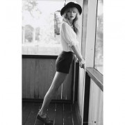 22×34-Taylor-Swift-Black-and-White-Music-Poster-0