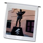 3dRose-Fl495741-Embassy-Theatre-Statue-Home-of-Rocky-Horror-Picture-Show-in-Hamilton-New-Zealand-Garden-Flag-12-by-18-Inch-0