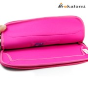 Glove-2-MAGENTA-HOT-PINK-BLACK-Universal-13-inch-Laptop-Bag-Sleeve-for-Lenovo-IdeaPad-Yoga-13-Bonus-Ekatomi-screen-cleaner-0-1