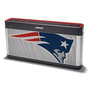 Limited-Edition-SoundLink-Bluetooth-Speaker-III-NFL-Collection-Patriots-0